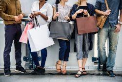 שוק האופנה קטן במידה